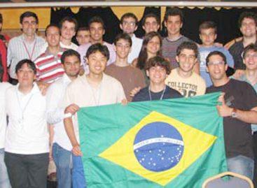 Estudantes brasileiros conquistam medalhas na 16ª Competição Internacional de Matemática