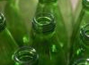 Empresas investem em garrafas retornáveis