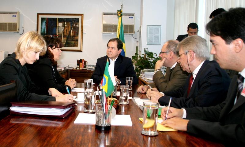 Ministros_CT_do_Brasil_e_Polonia
