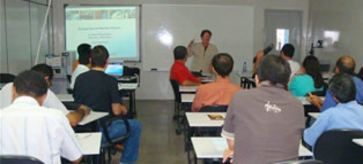 Editais da Fapema são apresentados a pesquisadores da UFMA e IFMA