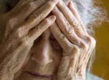 Artigo avalia o impacto do mal de Alzheimer na vida dos cuidadores dos pacientes