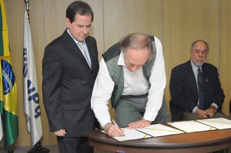 ministro_da_ciencia_e_tecnologia_e_do_meio_ambiente