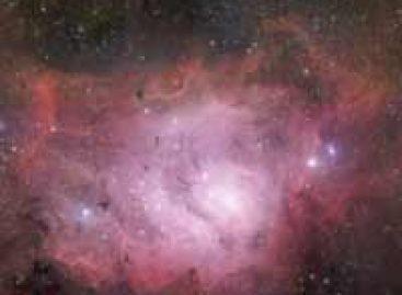 Astrônomos descobrem 32 planetas