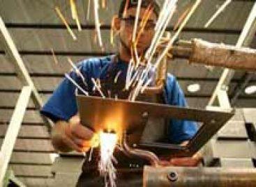 Confiança da indústria é a melhor desde setembro de 2008