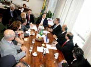 Ministro conhece projeto do Parque Tecnológico de Vitória (ES)