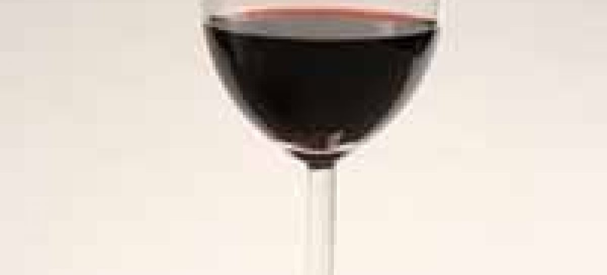 Vinho pode ter surgido como remédio, dizem cientistas
