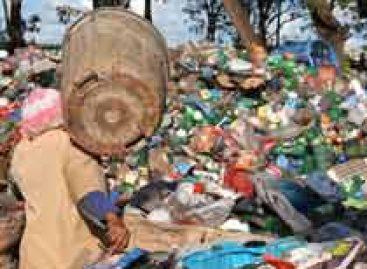 Baixa autoestima leva catadores de material reciclável a descuidarem da saúde