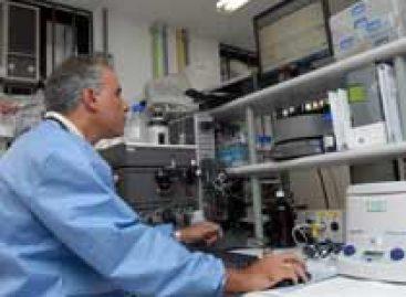 Computação e biologia molecular para investigar alvos terapêuticos no T. cruzi