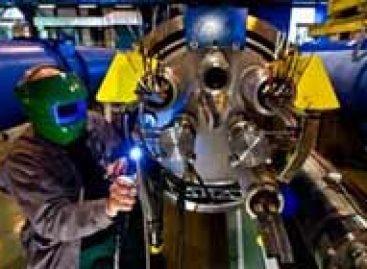 LHC realiza as primeiras colisões de partículas