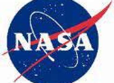 Nave Discovery chega à Estação Espacial Internacional