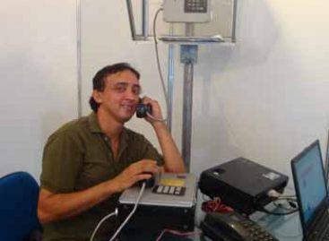 Telefone fixo que utiliza energia solar é apresentado em Mostra Cientifica da Fapema