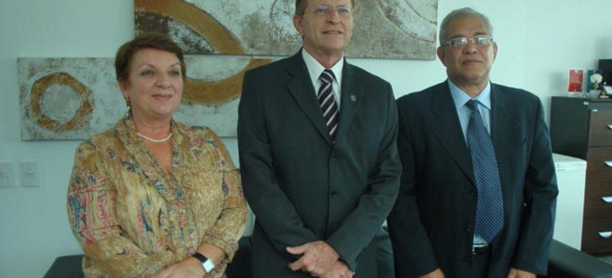 Secretário de Ciência e Tecnologia faz primeira visita à FAPEMA