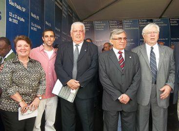 Ministro abre Expotec e visita estande do Governo