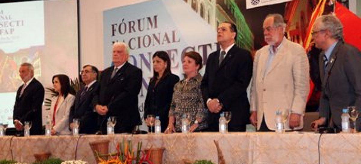 Governadora e ministro abrem debate sobre ciência, tecnologia e inovação