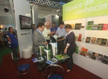 Presidente da Fapema visita Expotec e destaca avanço do conhecimento científico no Estado