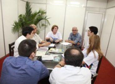 Programa TECNOVA de apoio a inovação é discutido em reunião durante a SNCT