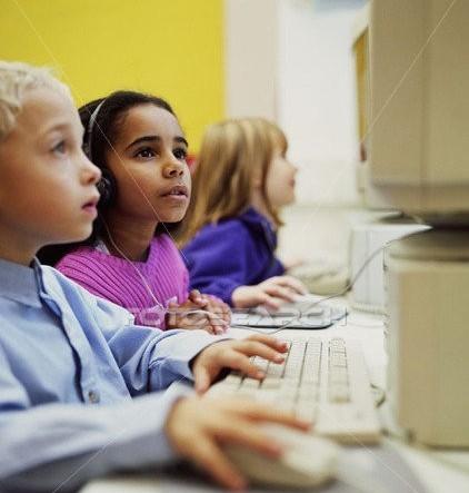 Educacao-e-Tecnologia-de-maos-dadas