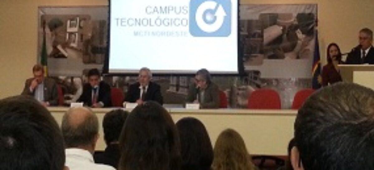 """Publicação digital """"Indicadores Estaduais de C&T"""" é lançada durante reunião na SBPC"""