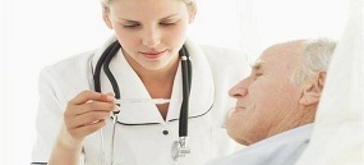 Pesquisa estuda o preparo de profissionais da saúde em se comunicar com pacientes e familiares