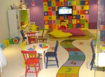 Estudo aponta que brincadeiras e leitura podem revelar características psicológicas das crianças