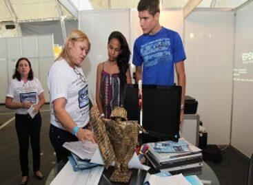 Projeto de acervo documental do Maranhão desperta interesse de visitantes da SNCT