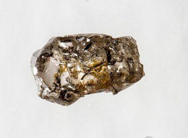 Diamante brasileiro revela que interior da Terra tem reservatório de água