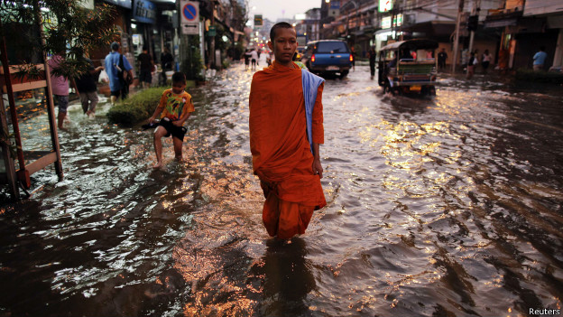 140429213720 inundacao bangkok 624x351 reuters