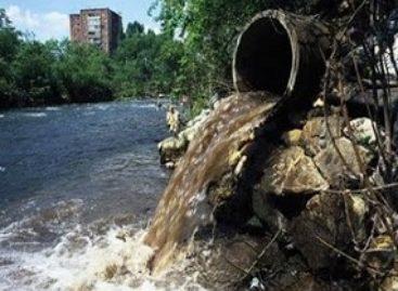 Poluentes orgânicos em águas superficiais de São Luís é objeto de pesquisa