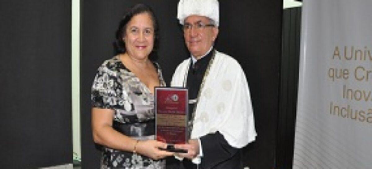 FAPEMA é homenageada com Palmas Universitárias