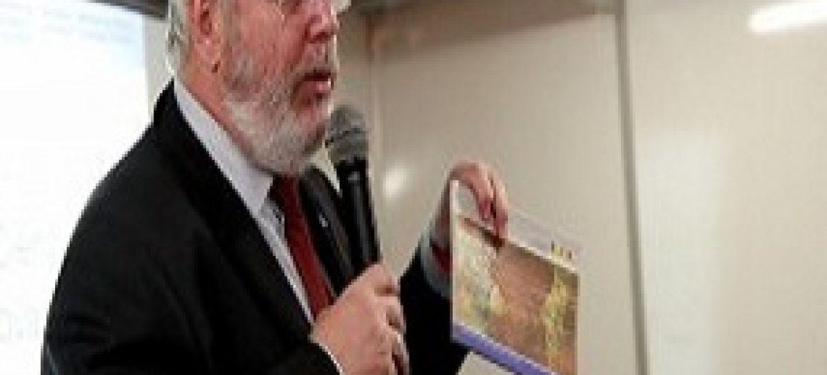 Coordenador do Ministério da Ciência, Tecnologia e Inovação profere palestra na SNCT