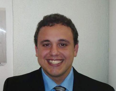 1 professor Lidio2