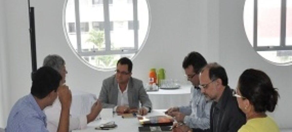 Representantes acadêmicos participam de reunião para revisão do estatuto da FAPEMA