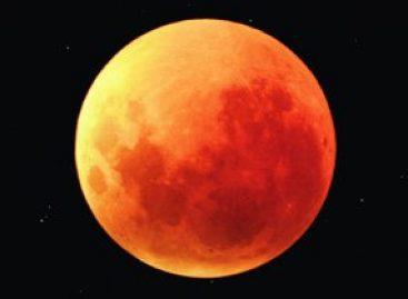Governo do Estado promove evento para observação do eclipse lunar dia 27 de setembro