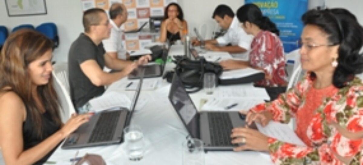 Comitê julga propostas do Edital 13/2015 Artigo