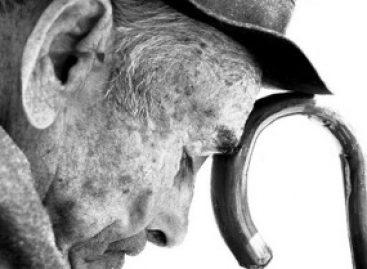 Programa de cuidado com saúde mental auxilia idosos com depressão