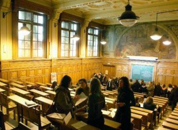 Livro investiga os três modelos mais influentes de educação superior