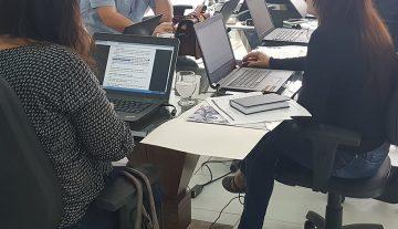 Consultores avaliam propostas do edital de apoio à publicação de Artigos