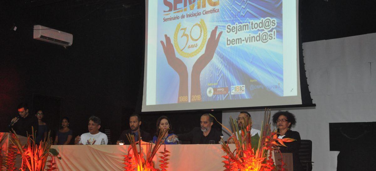 Diretora Científica da FAPEMA participa da abertura do 30º SEMIC na UFMA