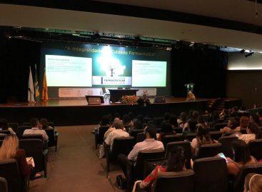 Programa Farmácia Viva é apresentado no Congresso de Ciências Farmacêuticas do Centro-Oeste