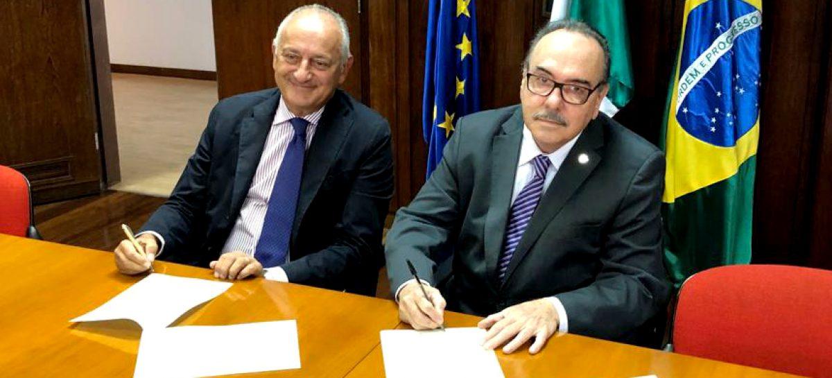 Confap assina cooperação com o Ministério das Relações Exteriores e Cooperação Internacional da Itália (Maeci)