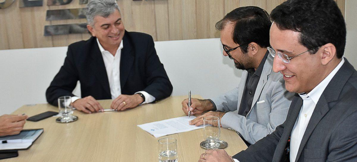 Fapema assina acordo de cooperação com Sebrae para apoio à economia criativa no Maranhão